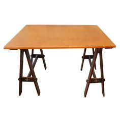 Arts and Crafts Drafting table, height adjustable?