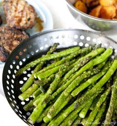 Clean Eating BBQ Garlic & Dill Asparagus--just the recipe I was looking for to make tonight!