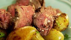 Roastbeef s pečenými bramborami a domácí tatarkou Foto: All Steak, Food, Roast Beef, Essen, Steaks, Meals, Yemek, Eten