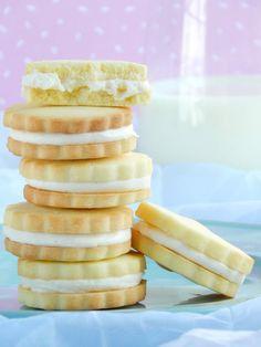 Galletitas de vainilla rellenas / Miicakes Starchy Foods, Best Oatmeal, Steak And Eggs, Organic Sugar, Protein Foods, Base Foods, Food Items, Vanilla Cake, Sweet Recipes