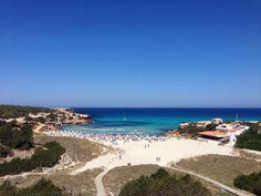 Dette hotellet ligger 50 meter fra Cala Saona-stranden, og har flott utsikt over fjellene og sjøen, sesongåpent utendørsbasseng og à la carte-restaurant.