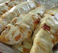 Куринные грудки, фаршированные грибами и сыром сулугуни