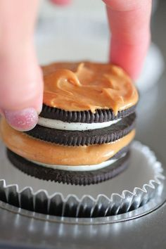 8 Oreo Peanut Butter Brownie Cakes 024