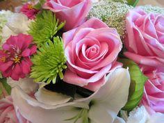 floral arrangement for baby shower