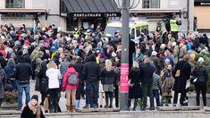 Medborgarplatsen: Demonstration mot coronarestriktioner Stockholm, Times Square