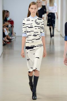 http://www.style.com/slideshows/fashion-shows/spring-2015-ready-to-wear/jil-sander/collection/6