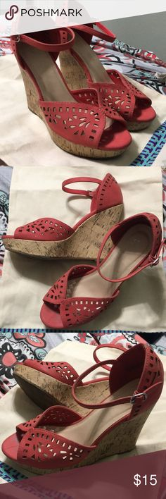 CUTE CORAL WEDGES! Awesome pair of coral wedges I've only worn a handful of times! Open to reasonable offers!✨ Shoes Platforms