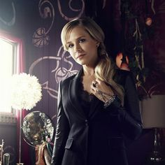 Julie Benz Interview On Defiance Season Mayor Amanda Rosewater And Filming In Toronto Hottest Female Celebrities, Celebs, Defiance Series, Gal Gardot, Julie Benz, Gorgeous Blonde, Female Actresses, Just Girl Things, Season 2