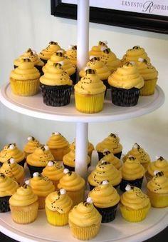 beehive cupcakes - for Morgan DePaoli