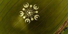 Impresionante y misterioso crop circle con una estrella de cinco puntas