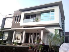 65 Examples of Modern Minimalist 2 Storey House Designs Modern Minimalist House, Minimalist Design, 2 Storey House Design, House Foundation, Building Concept, Narrow House, Construction Cost, Storey Homes, Architect House