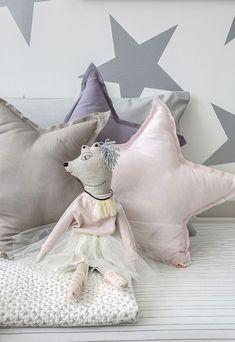 Habitación infantil decorada con polvo de estrellas