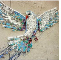 art object from mosaic dove www.ru vk … – My Wedding – Mosaic Mosaic Artwork, Mosaic Wall Art, Tile Art, Mosaic Mirrors, Mosaic Animals, Mosaic Birds, Mosaic Crafts, Mosaic Projects, Mosaic Designs