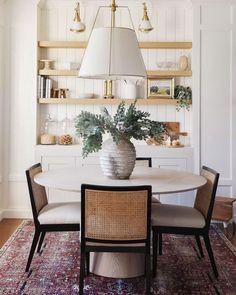 Wooden Dining Tables, Round Dining, Dining Room Table, Dining Area, Dining Rooms, Kitchen Dining, Rooms Ideas, Dining Room Inspiration, Design Inspiration