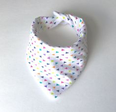 Colorful Confetti - Super cute & trendy baby bibs - check out the shop today!