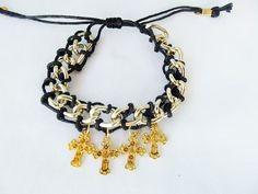 Pulseira Corrente Cruz Dourada  Linda!  Muito estilo!  ONDE COMPRAR:http://www.elo7.com.br/pulseira-corrente-cruz-dourada/dp/2FBA1E