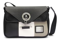 Muito mais do que malas! Much more than handbags! Ref: 1150123