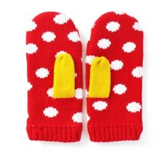 Mittens! Imposible to do anything while wearing them yet still, SO CUTE!