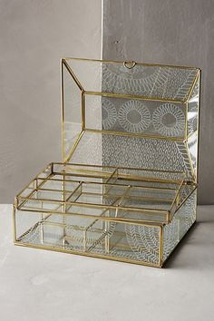 Frosted Glass Jewellery Box - anthropologie.eu
