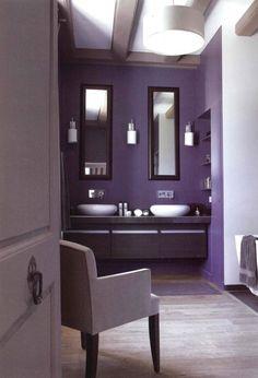 Purple bathroom purple walls in a modern bathroom. Dark Purple Bathroom, Purple Bathrooms, Purple Rooms, Purple Walls, Dark Bathrooms, Bedroom Color Schemes, Bedroom Colors, Bathroom Wall Decor, Modern Bathroom
