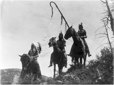 Three Crow men on their horses, Edward S. Curtis 1908. http://upload.wikimedia.org/wikipedia/commons/7/74/Three_Crow_horsemen-_Edward_S._Curtis.jpg