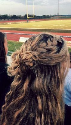 Hair xo Messy Hairstyles With Headbands is part of Easy Hairstyles For Short Hair With Headband Milabu - Pretty Hairstyles, Braided Hairstyles, Teen Hairstyles, Hairstyles For Going Out, Cute Hairstyles With Braids, Hairstyle Ideas, Hairstyles For Summer, Cute School Hairstyles, Wavy Hair With Braid