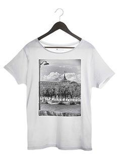 0bd21b6db5e049 Tee-shirt Le grand palis paris, Paris T-shirt .Des tee-shirts femmes hommes  originaux et modernes, imprimés avec des photographies Noir et Blanc, ...