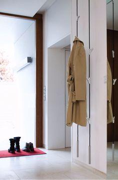 Gardarobenseil // Authentics 8083356 Garderobe WARDROPE / L 300 cm / weiß - verchromt matt https://www.amazon.de/dp/B008OO57V6/ref=cm_sw_r_awd_jA8OwbXXXTCDX