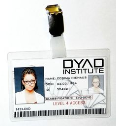 Afficher l'image d'origine Orphan Black, Black Tv Shows, Fantastic Voyage, Tatiana Maslany, Comic Con Cosplay, Black Party, Id Badge, Nerd, Cosplay Ideas