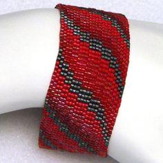 Brazalete rojo Bargello cinta Peyote 2190
