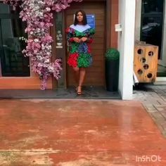Best African Dresses, African Print Dresses, African Attire, African Wear, African Fashion Dresses, African Women, Work Outfits, Chic Outfits, Lace Gown Styles