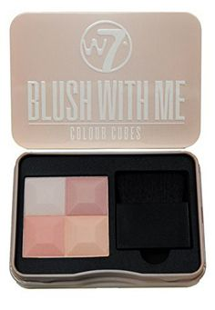 Blush With Me Blusher Cubes by - Set of 3 Blush, Bronzer, Highlighter and Contour Pressed Powder Palettes - A Gorgeous Spectrum of Pink, Peach and Bronzed Shades with Soft Makeup Applicator Brushes Winter Beauty Tips, Beauty Tips For Skin, Skin Care Tips, Skin Tips, Homemade Blush, Homemade Skin Care, Soft Makeup, Smokey Eye Makeup, Beauty Hacks Lips
