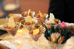 We think this is very cute #wedding #catering! #Wedding #catering #picture by #DominoArts #Photography (www.DominoArts.com)