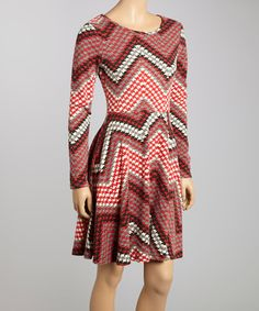 I have a similar Aryeh zig zag dress from Stitch Fix, but in grey and black. Really cool pattern, but the waist hits me too high and the dress tends to blow up Marilyn Monroe style.