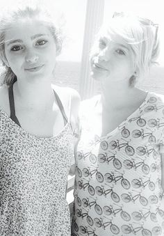 Willow Shields, Autumn Shields. #twins #sisters
