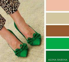 emerald green bow shoes and wild leopard peg leg trousers. Colour Combinations Fashion, Color Combinations For Clothes, Fashion Colours, Colorful Fashion, Colour Pallette, Colour Schemes, Color Trends, Color Combos, Color Patterns