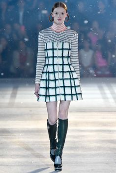 http://www.style.com/slideshows/fashion-shows/pre-fall-2015/christian-dior/collection/29