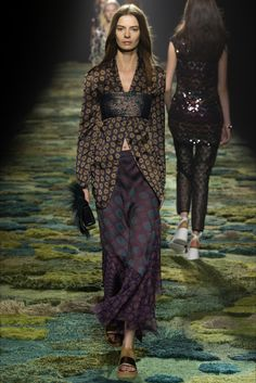 Sfilata Dries Van Noten Parigi -  Collezioni Primavera Estate 2015 - Vogue