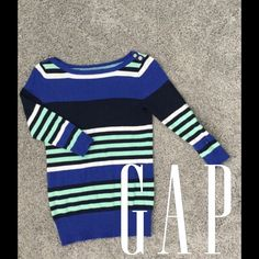 Gap spring Striped Sweater! Like new Super cute only worn a few times! It's soooo cute on! You'll love it! Perfect for spring/summer GAP Sweaters