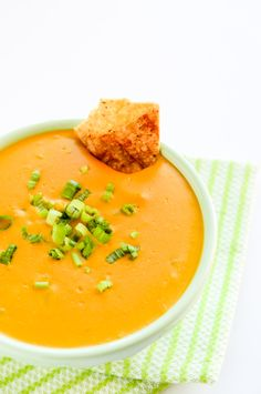 This vegan nacho cheese dip is made with sweet potatoes! Yes, sweet potatoes.