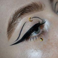 Edgy Makeup, Eye Makeup Art, Cute Makeup, Makeup Goals, Pretty Makeup, Makeup Inspo, Makeup Inspiration, Makeup Tips, Makeup Ideas