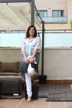 Look working con Kimono de #H&M, crop top y pitillos de #Zara, stilettos de #MassimoDutti y cartera de #Mango