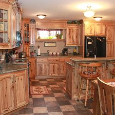 Rustic Hickory Kitchen Cabinets Pictures