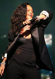 Rihanna at Directv Super Saturday Night in Glendale