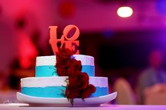 Delicious cakes that look great too! #NowJadeRivieraCancun #Mexico #DestinationWedding  Photo credit: www.delsolphotography.com