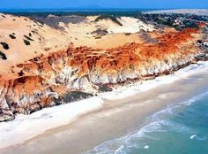 Morro Branco Beach is famous for its colorful sands and beautiful landscape of dunes. Located in Fortaleza, CE, #Brazil.