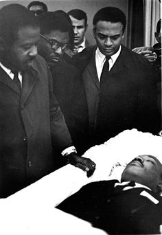 Chicago Tribune - WPIX Reporter Marvin Scott Covers Martin Luther King's Funeral - Photos At 6:01 p.m. on April 4, 1968, civil rights leader Dr. Martin Luther King Jr. was hit by a sniper's bullet. King had been standing on the balcony in front of his room at the Lorraine Motel in Memphis, Tennessee, when, without warning, he was shot. The .30-caliber rifle bullet entered King's right cheek, traveled through his neck, and finally stopped at his shoulder blade. King was immediately taken to a…