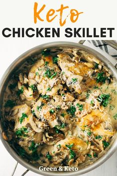 Keto Chicken Skillet with Creamy Mushroom Bacon Sauce Easy Keto Dinner recipe! This Creamy Mushroom Garlic Chicken Recipe can be made in one pan in under 30 minutes. The perfect weeknight keto chicken recipe that the whole family will love. Low Carb Chicken Recipes, Healthy Diet Recipes, Keto Recipes, Dinner Recipes, Lunch Recipes, Parmesan Recipes, Dinner Ideas, Chicken Tips Recipe, Chicken Thigh Recipes Easy