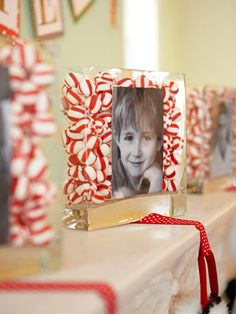 Peppermints and a photo turn a vase into a sweet stocking holder. #christmas #holiday #crafts