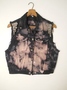 GUESS Bleached Tie-Dye Dyed Pink purple and navy blue pyramid Studded collar Button up Punk rock Indie rocker Cotton Denim Vest Hand made